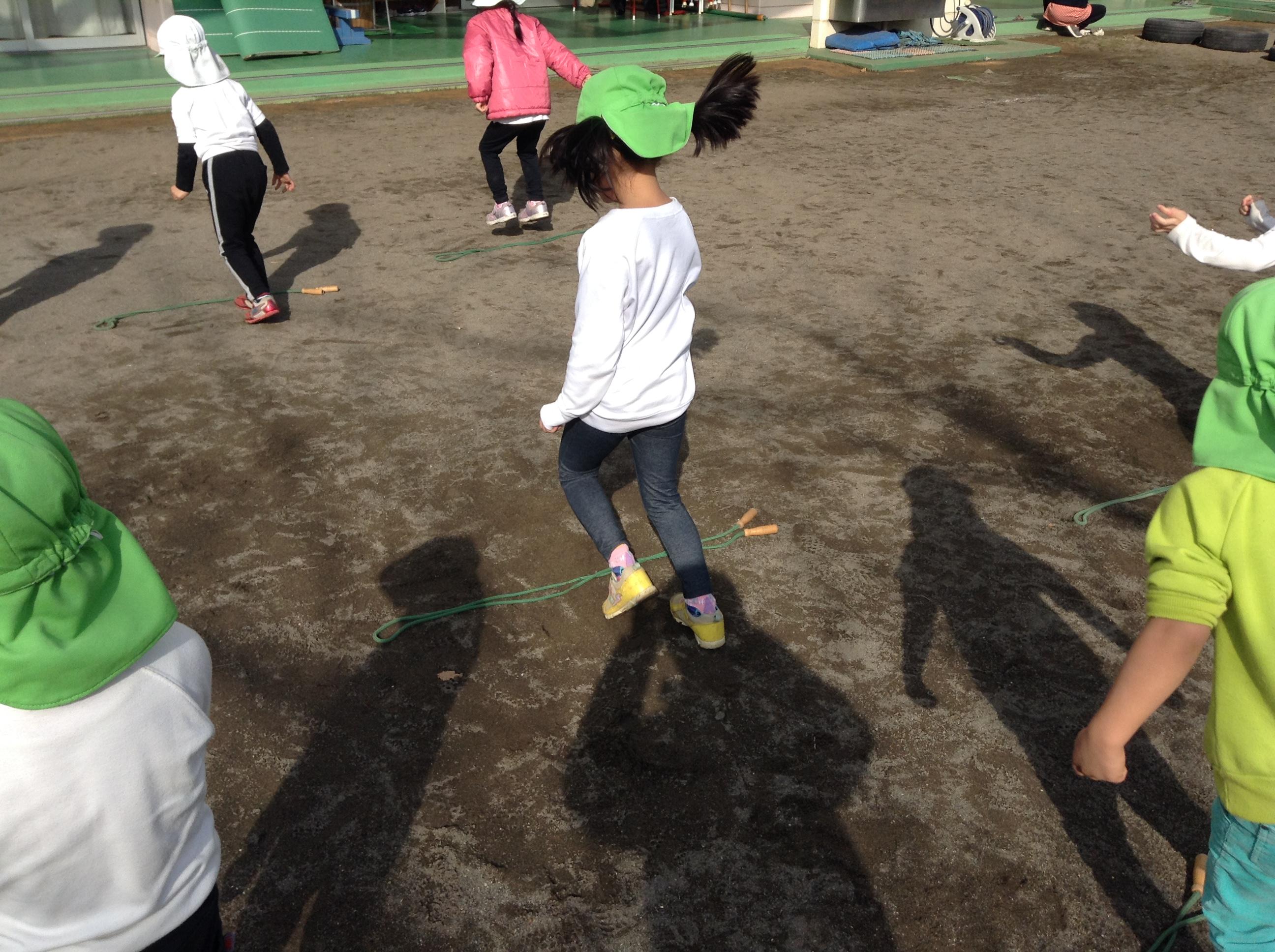 5歳児ひまわり組 体育指導がありました!